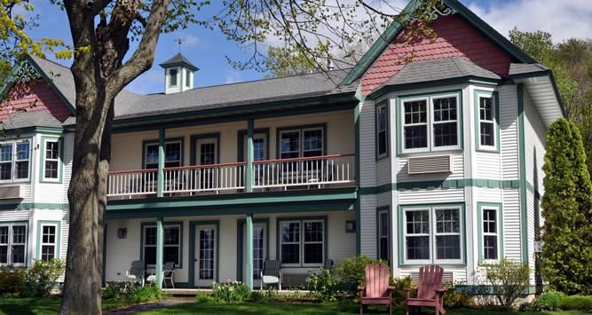 The Little Harbor Inn Sturgeon Bay Wisconsin Door
